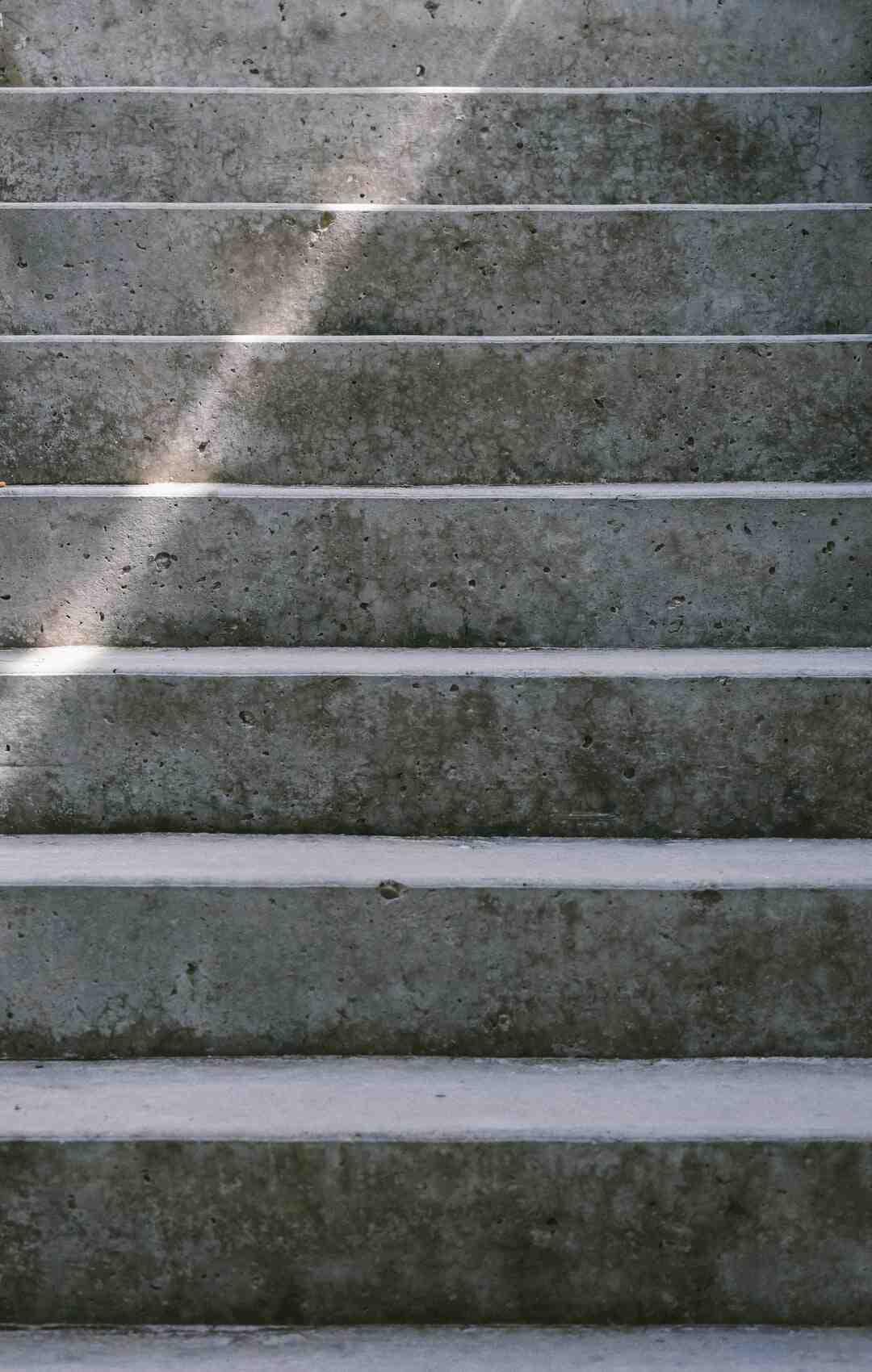 Comment faire un escalier en béton