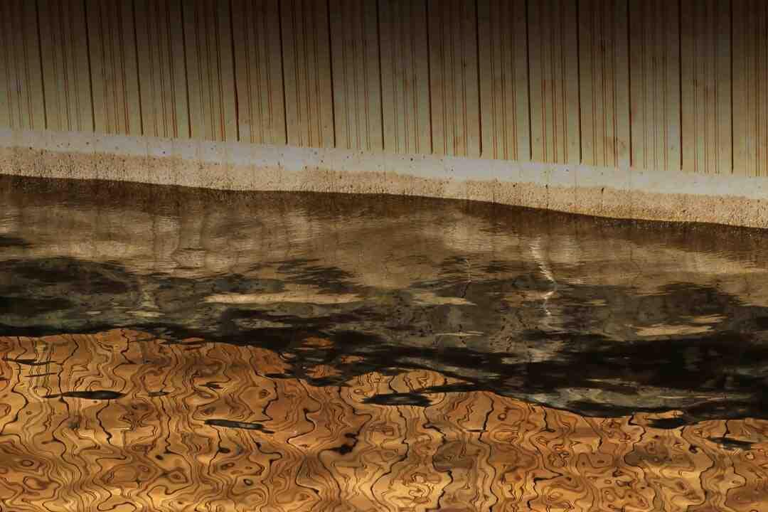 Comment couper des dalles plombantes ?